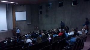 No auditório do Colégio São Bento